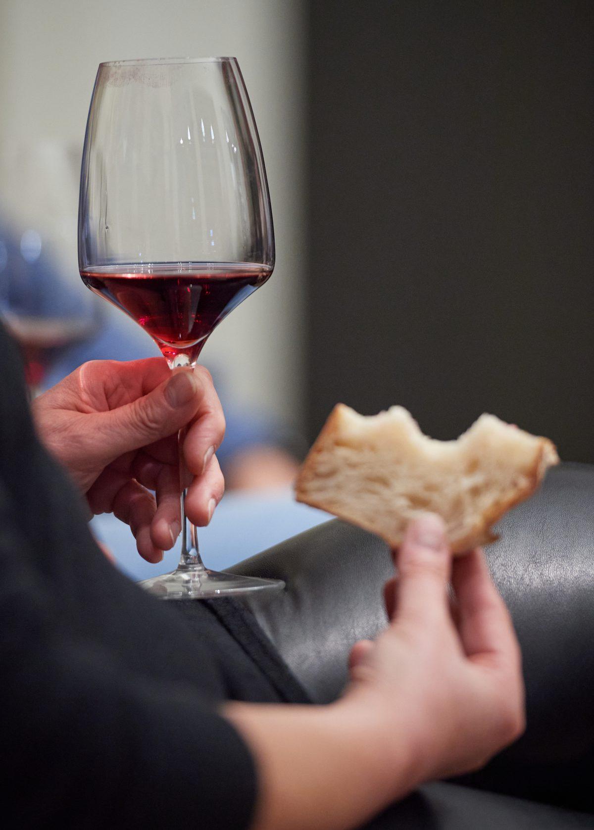 Brot und Wein – verschoben in den August